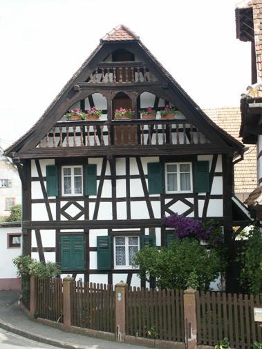 zoebersdorf1comp.jpg